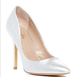 CHARLES DAVID METALLIC PUMPS